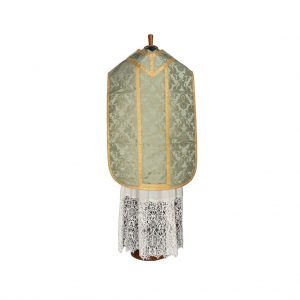 gammarelli-clergy-apparel-vestment-roman-chasuble-damask