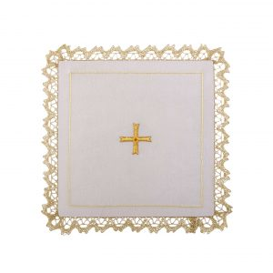 gammarelli-tailoring-clergy-apparel-garments-altar-pall-linen-mary-embroidery-cross