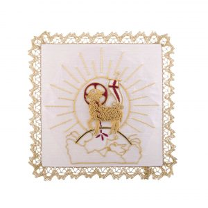 gammarelli-tailoring-clergy-apparel-garments-altar-pall-linen-mary-embroidery-agnus-lamb-symbol