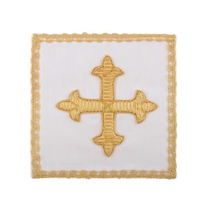 gammarelli-tailoring-clergy-apparel-garments-altar-pall-linen-mary-embroidery-canutille-cross