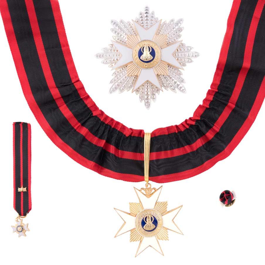 gammarelli-decorazione-commendadotore-ordine-san-silvestro-papa-placca