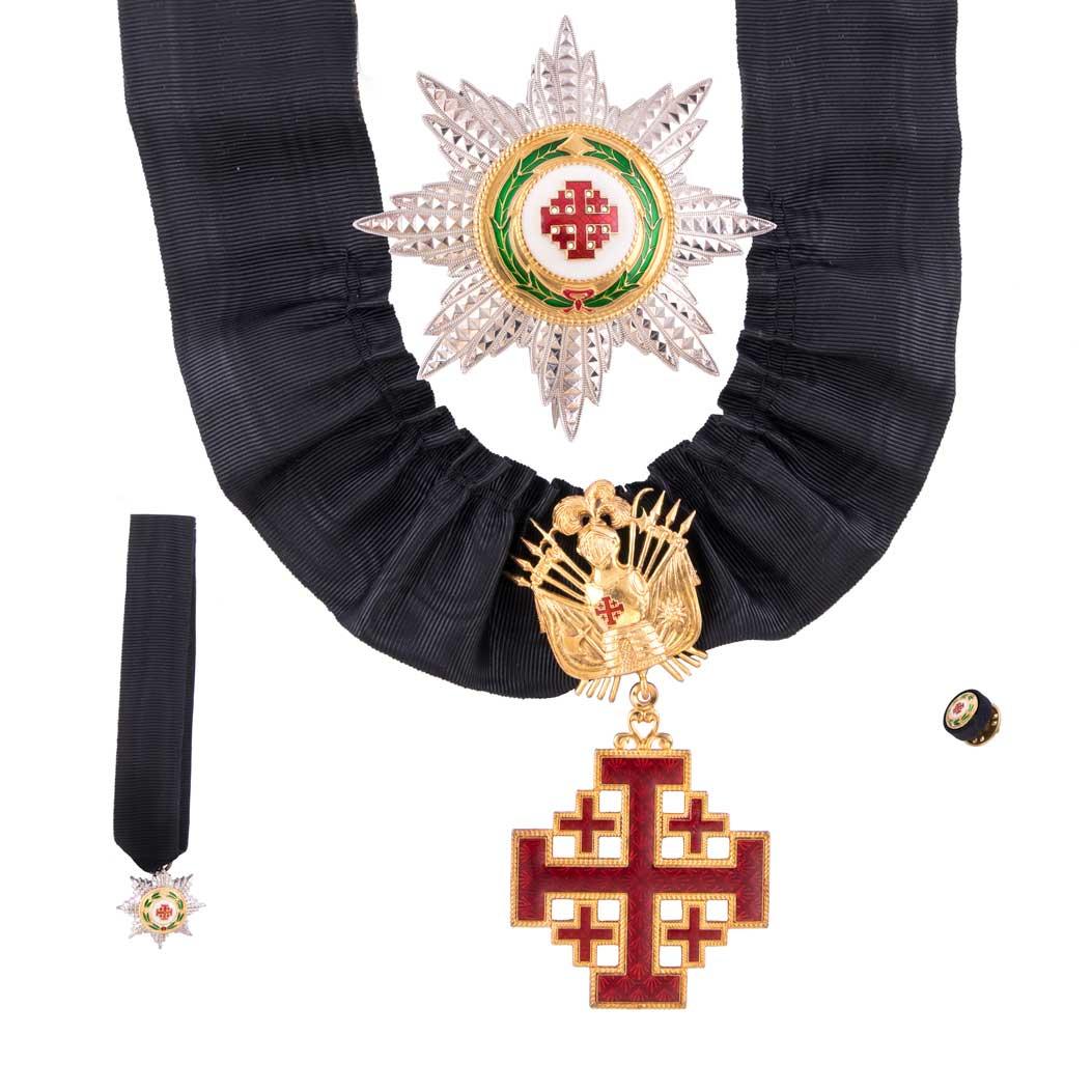gammarelli-clergy-apparel-tailoring-decoration-commander-order-saint-sepulcher
