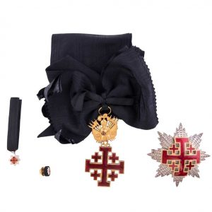 gammarelli-clergy-apparel-tailoring-decoration-commander-order-saint-sepulcher