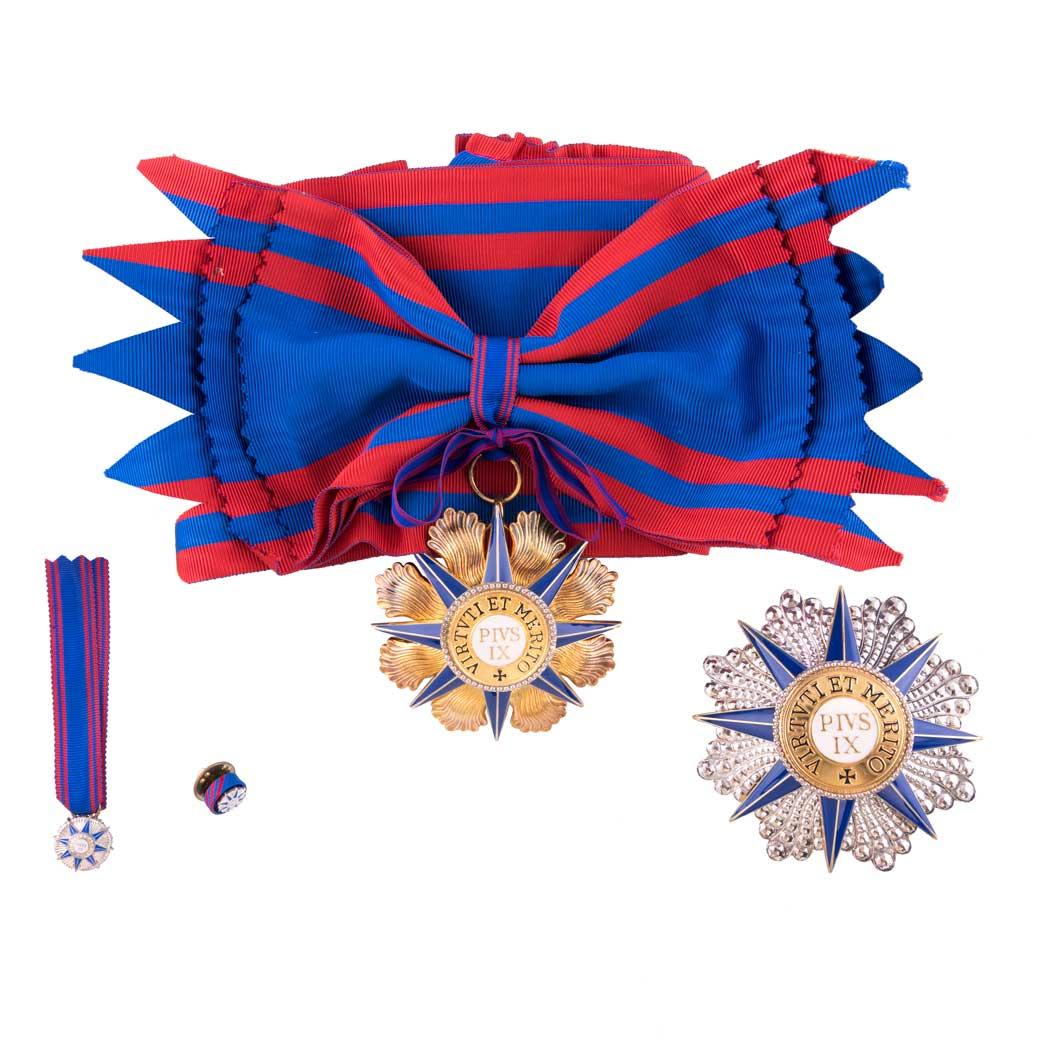 gammarelli-clergy-apparel-tailoring-decoration-knight-grand-cross-pius-IX-order