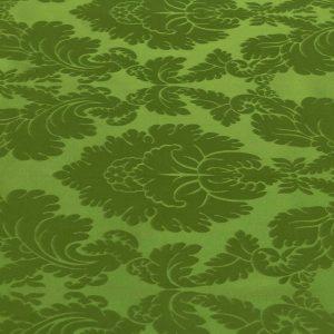 gammarelli-sartoria-ecclesiastici-abbigliamento-religioso-tessuto-damasco-720p