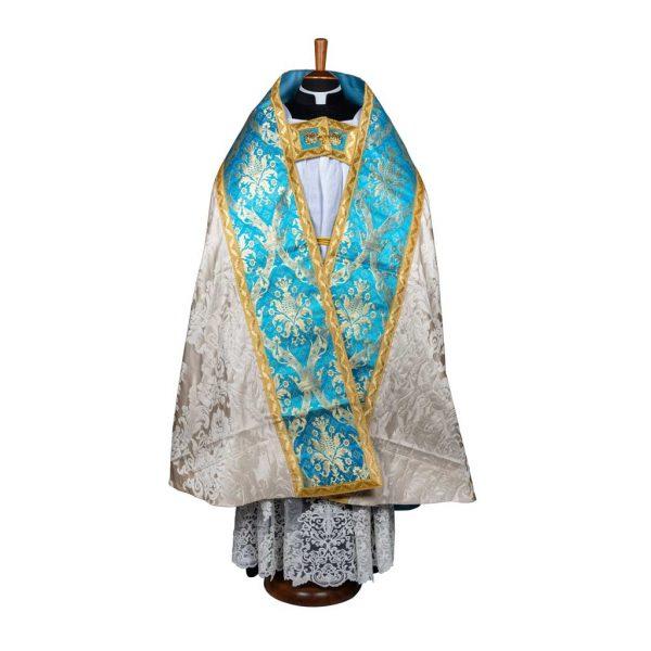 gammarelli-sartoria-ecclesiastici-abbigliamento-religioso-paramenti-piviale-romano