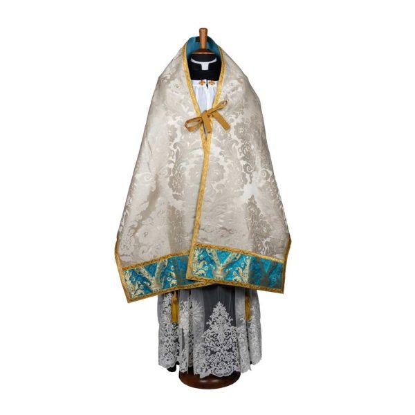 gammarelli-sartoria-ecclesiastici-abbigliamento-religioso-paramenti-velo-omerale