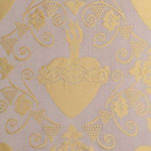 gammarelli-sartoria-ecclesiastici-abbigliamento-religioso-tessuto-damasco-sacro-cuore
