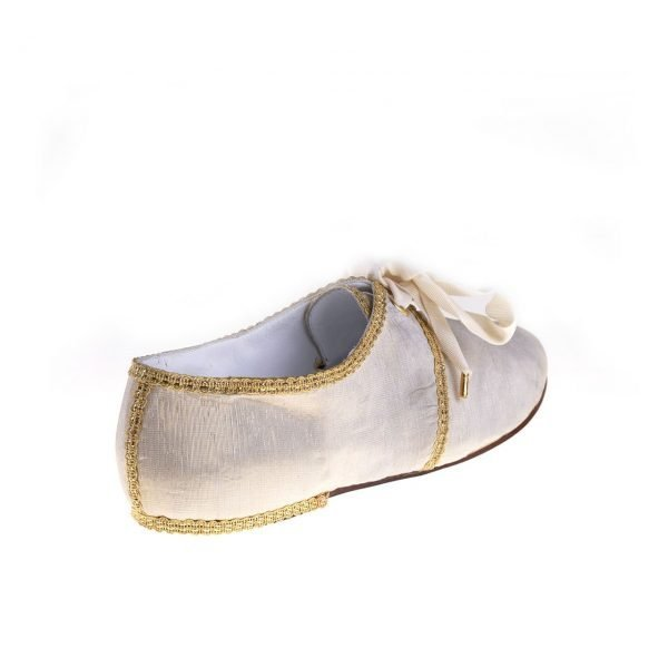 gammarelli-sartoria-ecclesiastici-sandali-pomtificaili-scarpe-artigianali