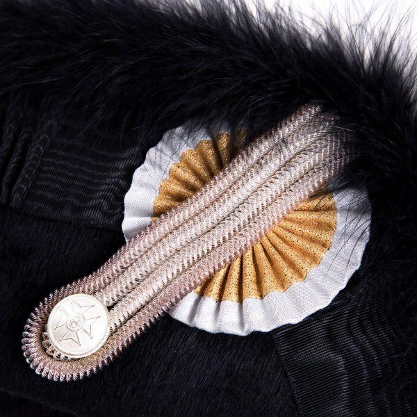 gammarelli-sartoria-ecclesiastici-abbigliamento-paramenti-sacri-accessori-cappello-feluca-ordine-san-gregorio-magno