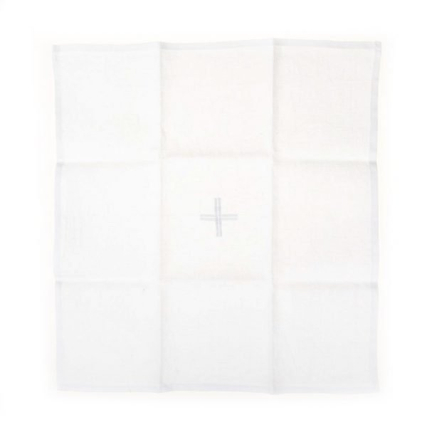 gammarelli-sartoria-ecclesiastica-corporale-altare-paramenti-sacri-abbigliamento-cattolico-roma-manutergi-purificatore
