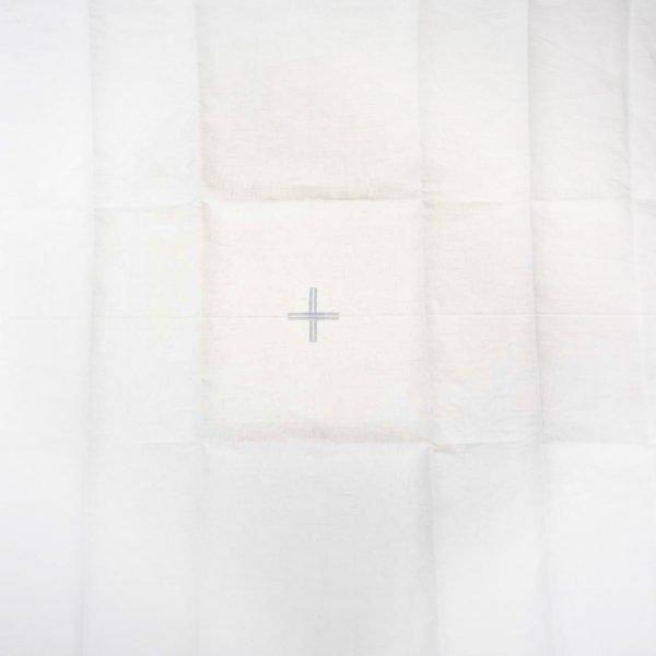 gammarelli-sartoria-ecclesiastica-amitto-altare-paramenti-sacri-abbigliamento-cattolico-roma